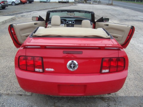2006 Ford Mustang Convertible V6 Rebuilt Salvage for sale