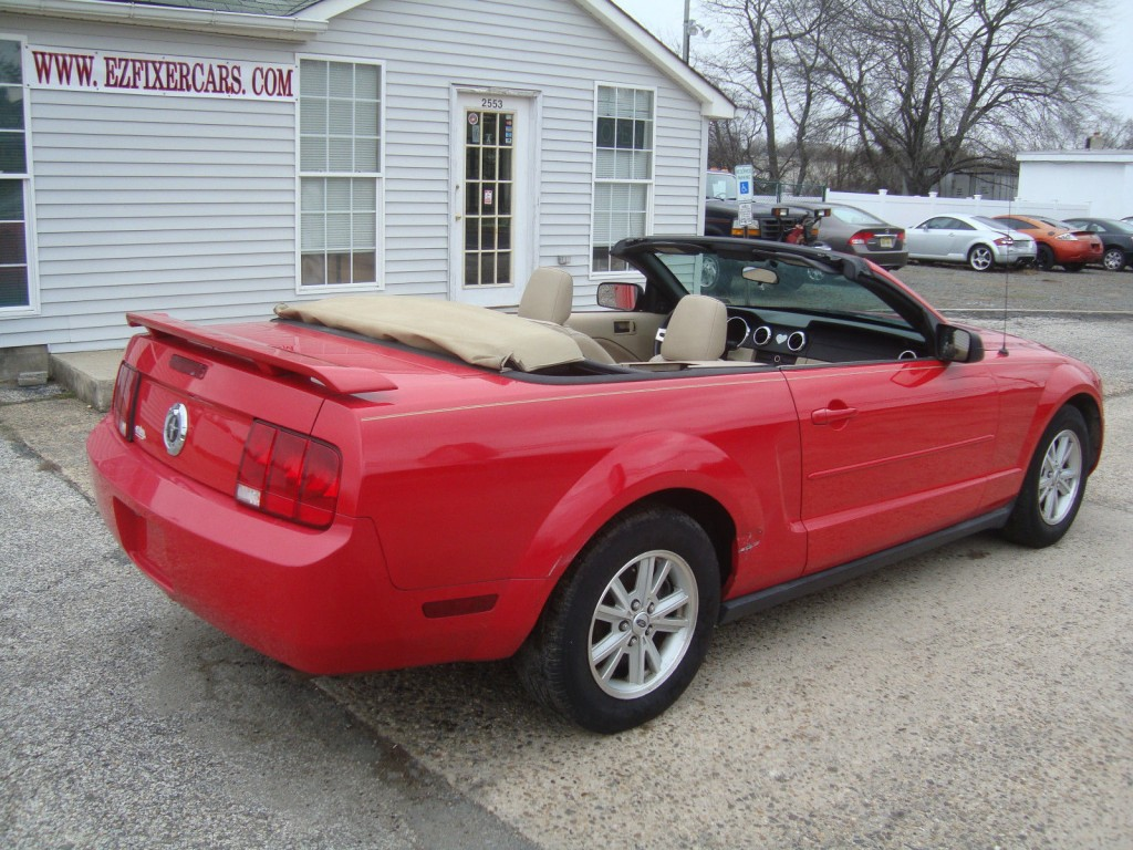 2006 ford mustang convertible v6 rebuilt salvage for sale. Black Bedroom Furniture Sets. Home Design Ideas