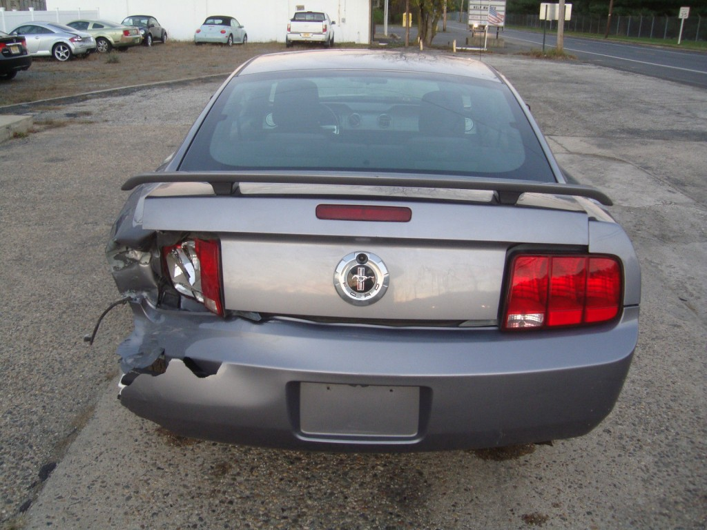 2006 Ford Mustang Shaker500 V6 Salvage Rebuildable Repairable