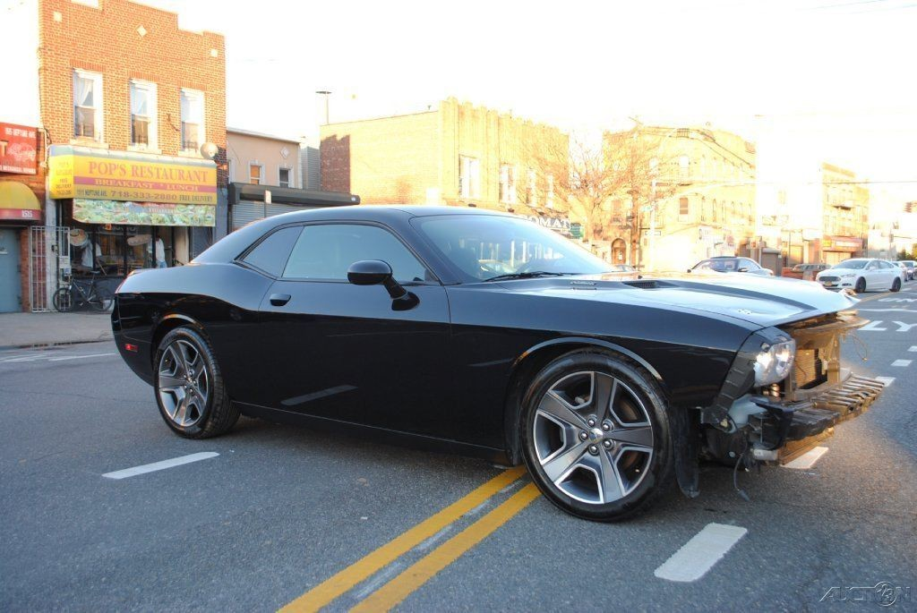 2012 dodge challenger r t 5 7 hemi v8 6 speed manual wrecked for sale rh wrecked sport cars for sale com dodge challenger r/t manual for sale 2014 dodge challenger r/t manual for sale