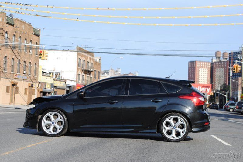 2013 ford focus st 2 0 ecoboost turbo rebuildable wrecked. Black Bedroom Furniture Sets. Home Design Ideas