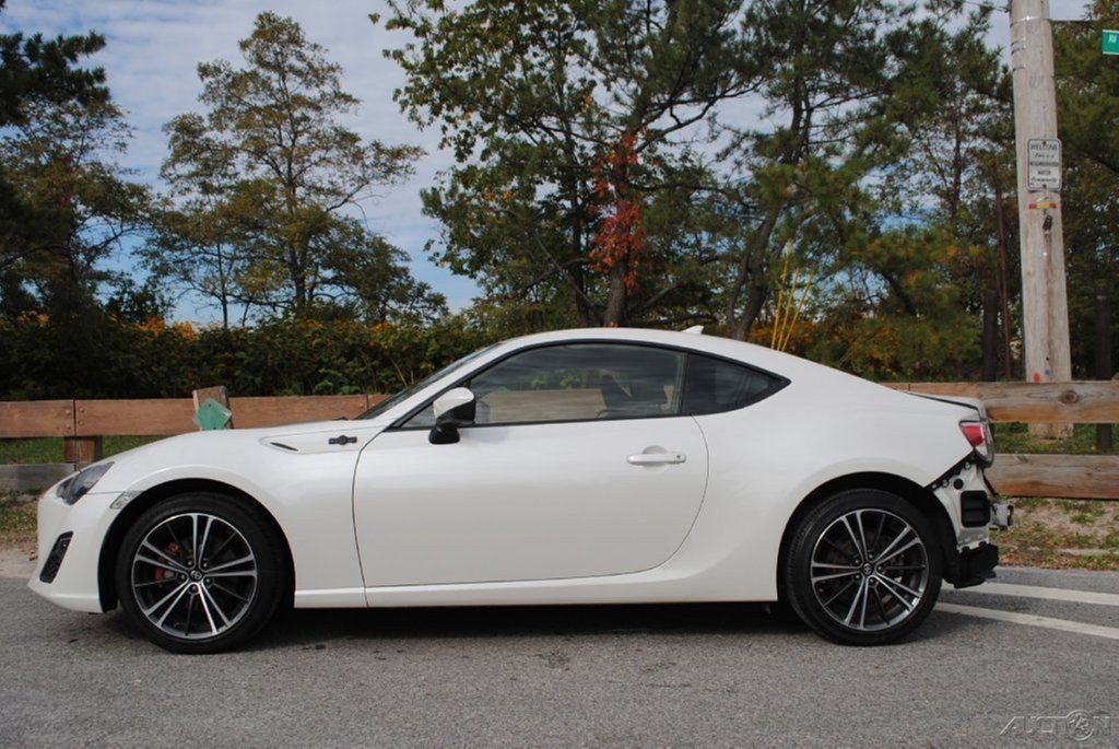 2013 scion fr s wrecked for sale