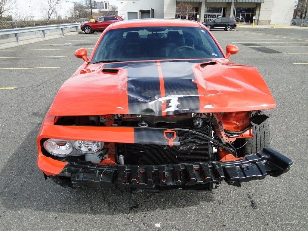 Wrecked Dodge Challenger Srt8 For Sale Html Autos Weblog