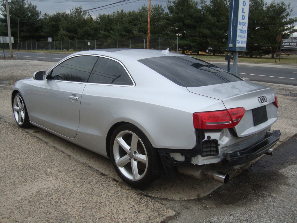 2010 audi a5 quattro awd salvage rebuildable for sale. Black Bedroom Furniture Sets. Home Design Ideas