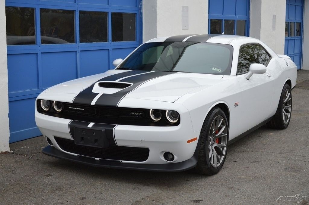 2015 dodge challenger srt 392 rebuildable salvage for sale. Black Bedroom Furniture Sets. Home Design Ideas