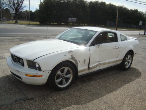 2007 Ford Mustang V6 Shaker500 Salvage Project for sale