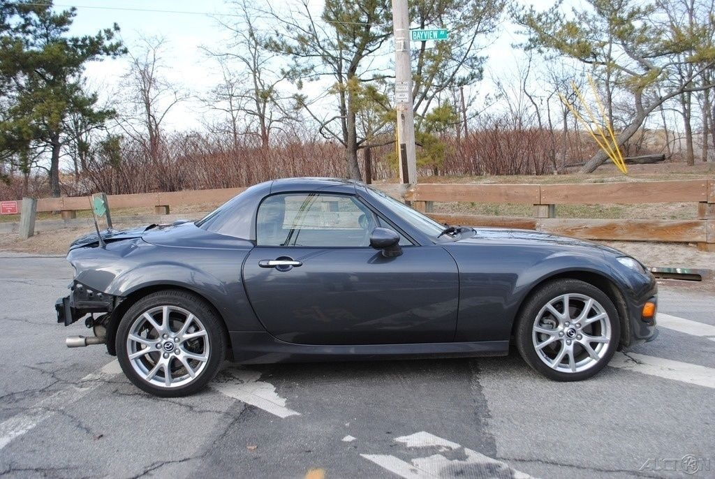 equipped 2014 mazda mx 5 miata grand touring wrecked repairable for sale. Black Bedroom Furniture Sets. Home Design Ideas
