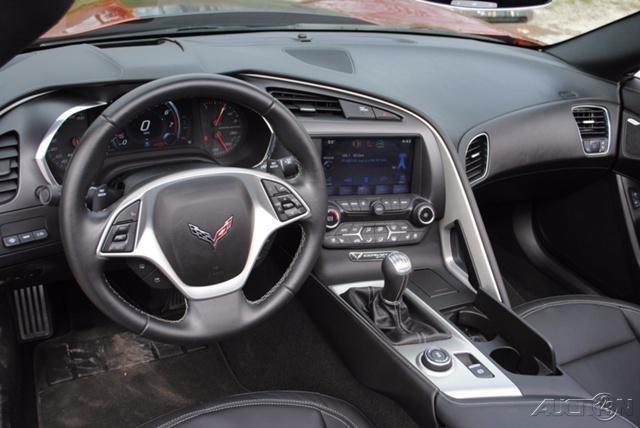 Light damage 2015 Chevrolet Corvette Stingray Z51 repairable