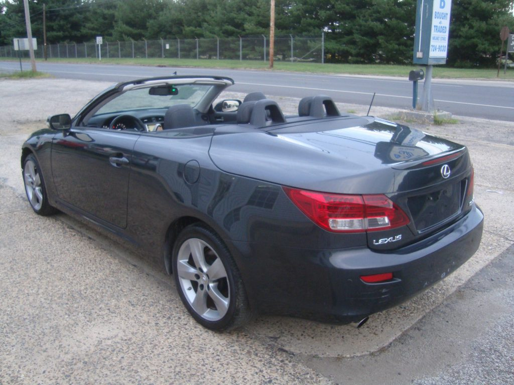 Wrecked 2010 Lexus IS Is350 Convertible Rebuildable