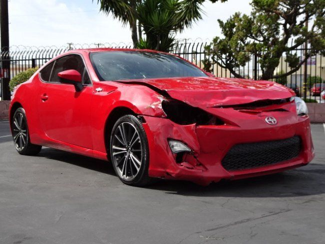 Damaged front clip 2015 Scion FR S Coupe 2 Door repairable