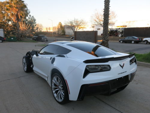 Front damage 2016 Chevrolet Corvette Z06 Crapeirable