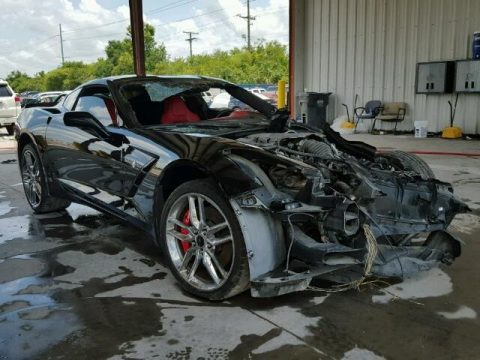 Heavy damage 2014 Chevrolet Corvette Stingray repairable for sale