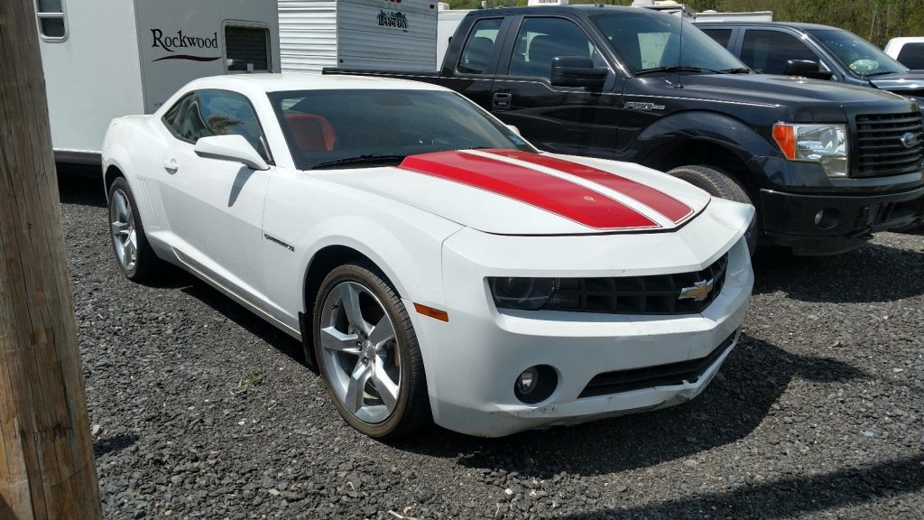 Left side damage 2010 Chevrolet Camaro LT Coupe repairable