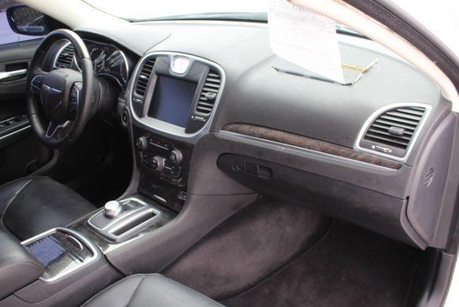 Lightly damaged 2015 Chrysler 300 Series 300C repairable