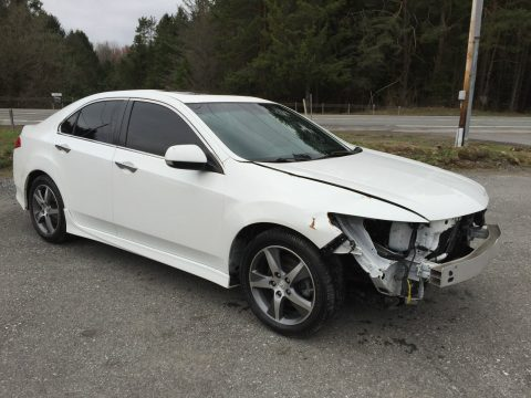 Special edition 2012 Acura TSX 4 door repairable wrecked for sale