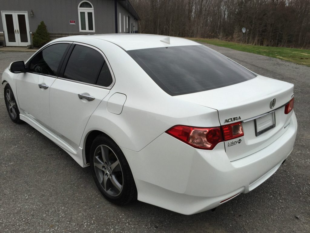 Special edition 2012 Acura TSX 4 door repairable wrecked