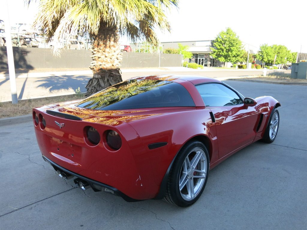 bigger damage 2009 chevrolet corvette zo6 repairable for sale. Black Bedroom Furniture Sets. Home Design Ideas