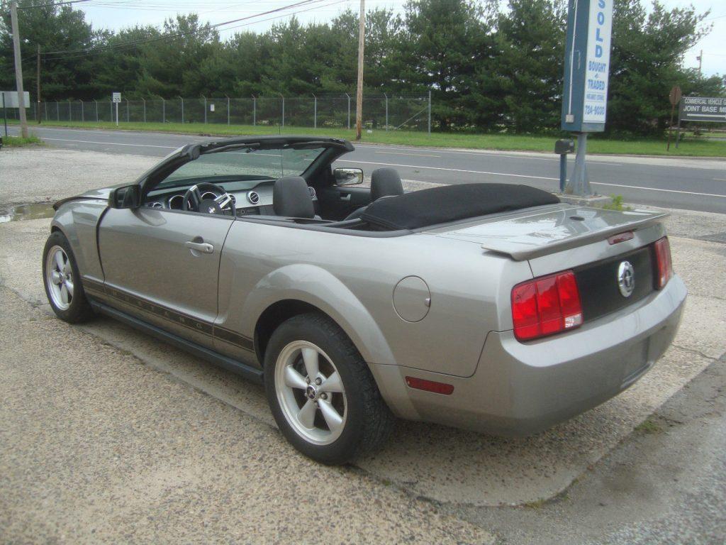 Easy Repair 2009 Ford Mustang V6 Convertible Rebuildable