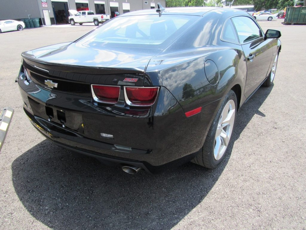 LS3 Manual 2010 Chevrolet Camaro Camaro SS Repairable