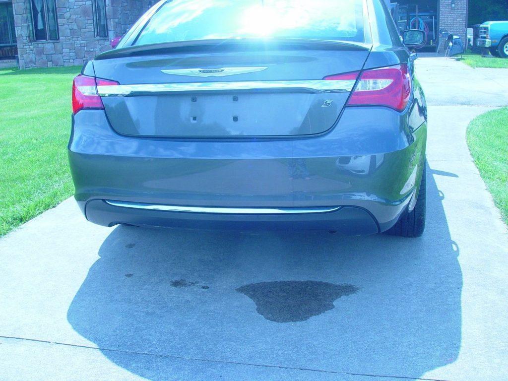 Easy fix 2014 Chrysler 200 Series repairable