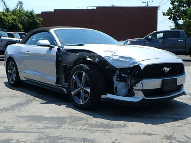 Fender damage 2016 Ford Mustang V6 Convertible repairable