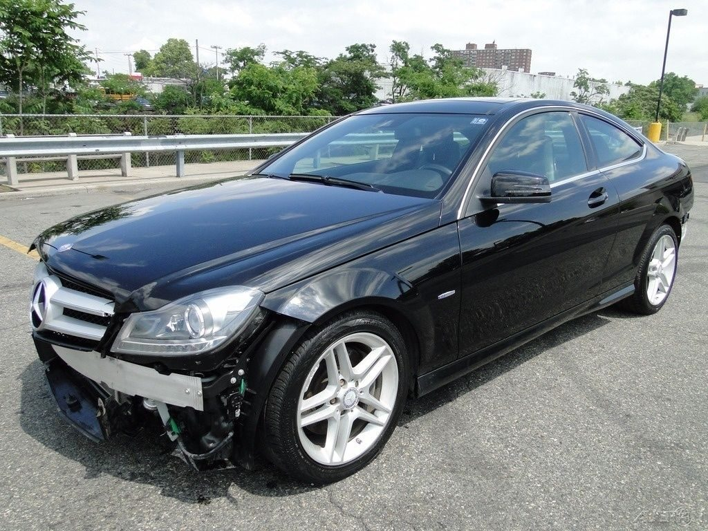 Needs Bumpers 2012 Mercedes Benz C Class C 350 Repairable