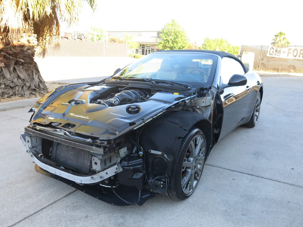 fully loaded 2011 Maserati Gran Turismo Convertible repairable