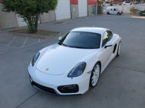 Low mileage 2016 Porsche Cayman GTS repairable for sale