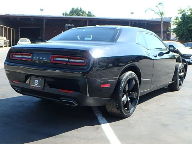 Classic Muscle 2016 Dodge Challenger Sxt Repairable For Sale