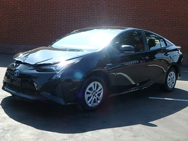 damaged 2017 Toyota Prius repairable