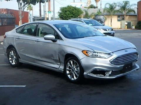 equipped 2017 Ford Fusion Hybrid SE repairable for sale