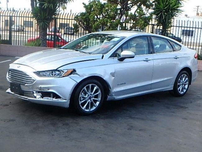 equipped 2017 Ford Fusion Hybrid SE repairable