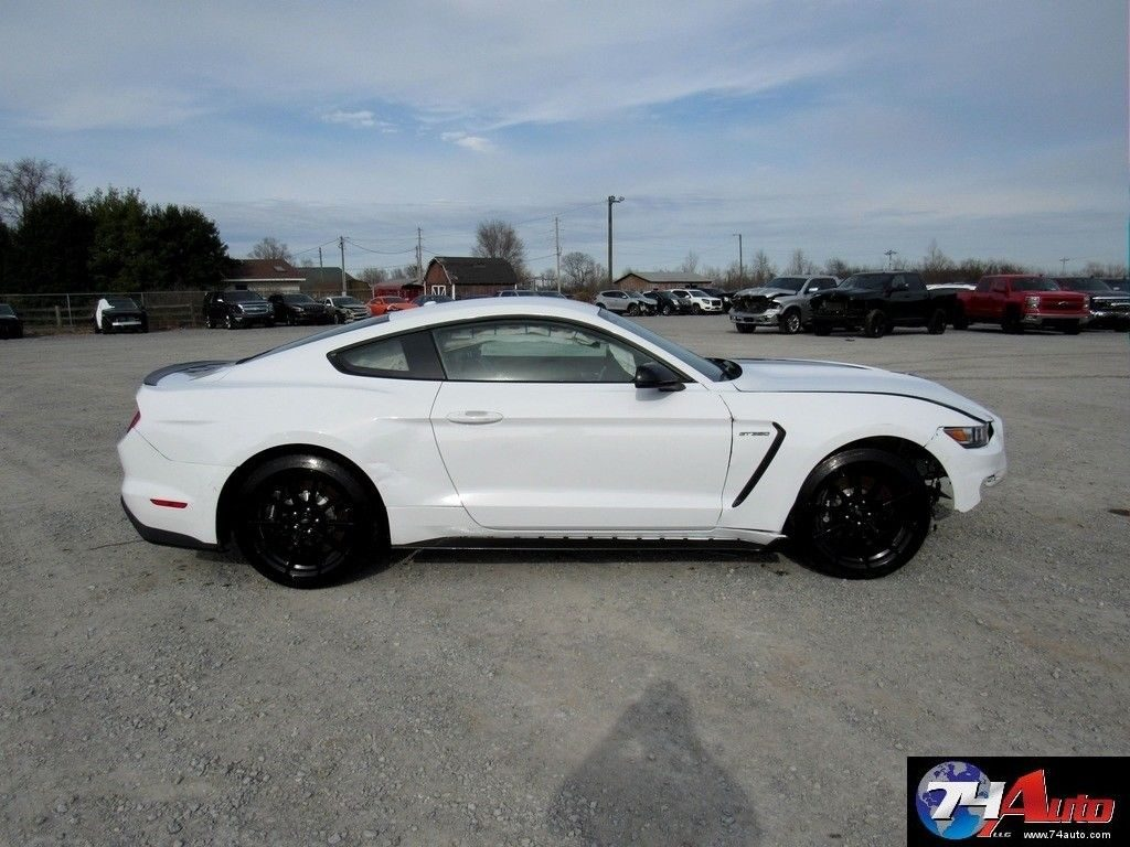 rare 2016 Ford Mustang Shelby Gt350 Coupe repairable