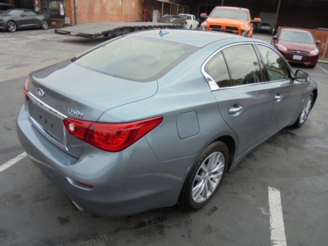 loaded with options 2015 Infiniti Q50 a repairable