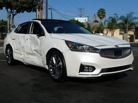 almost nothing on odometer 2017 Kia Cadenza Technology repairable for sale
