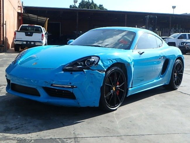 classic 2017 Porsche Cayman S Coupe repairable