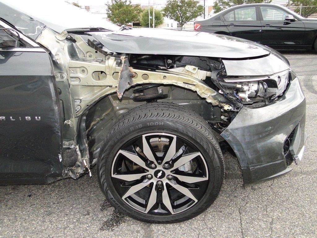 comfortable 2017 Chevrolet Malibu 1LT repairable