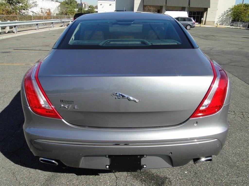 easy fix 2012 Jaguar XJ XJL repairable