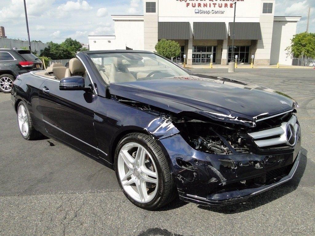 front hit 2011 Mercedes Benz E Class E 350 repairable