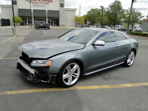 loaded 2012 Audi S5 4.2 Premium Plus repairable for sale