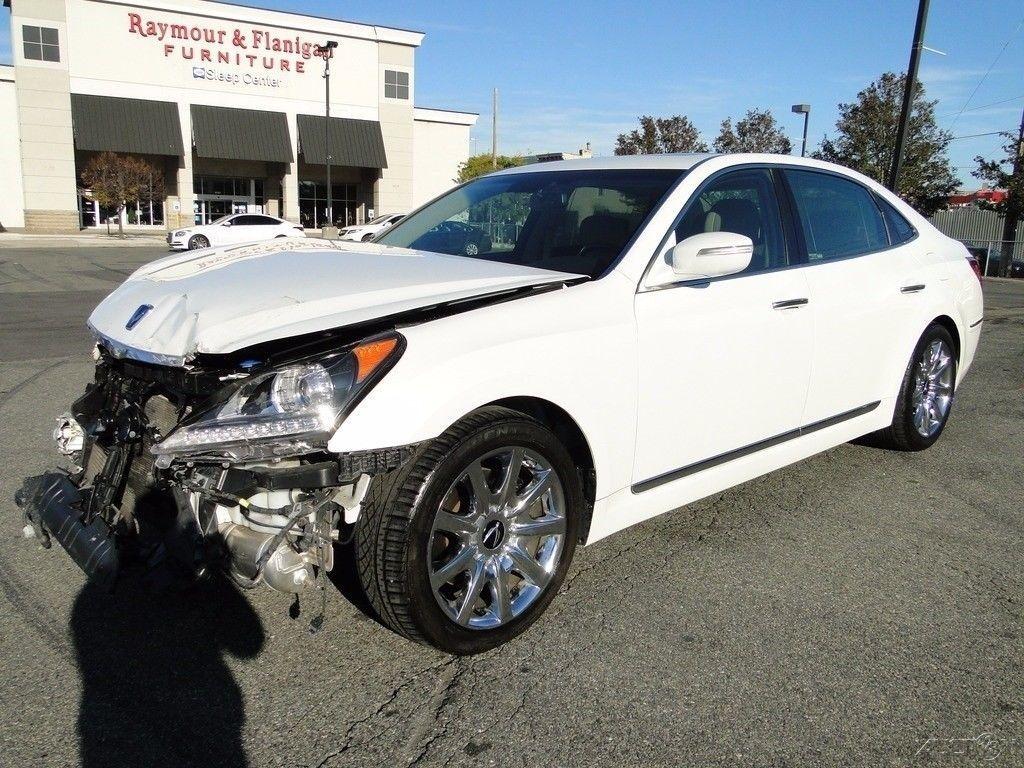 Luxury 2011 Hyundai Equus Signature Repairable For Sale