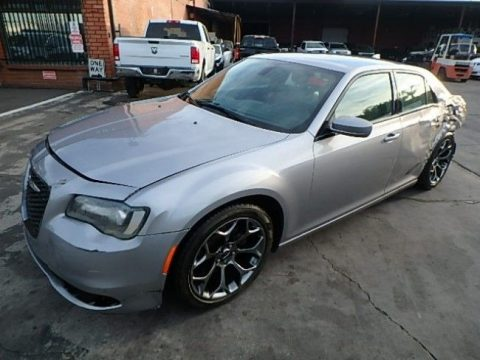 comfortable 2016 Chrysler 300 Series S repairable for sale