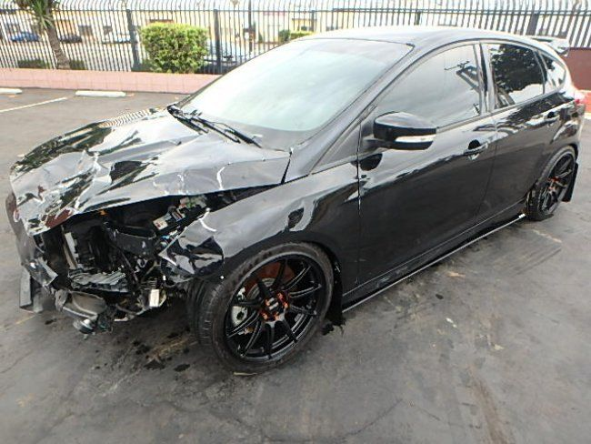 low miles 2016 Ford Focus ST repairable