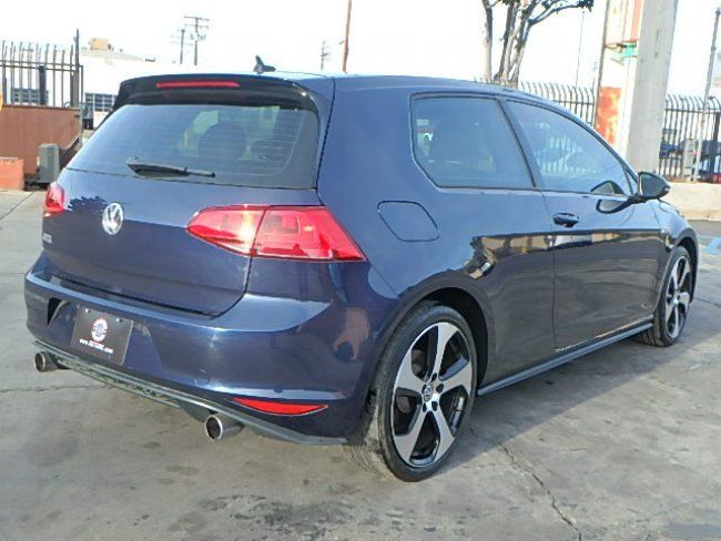 sporty 2015 Volkswagen Golf GTI repairable