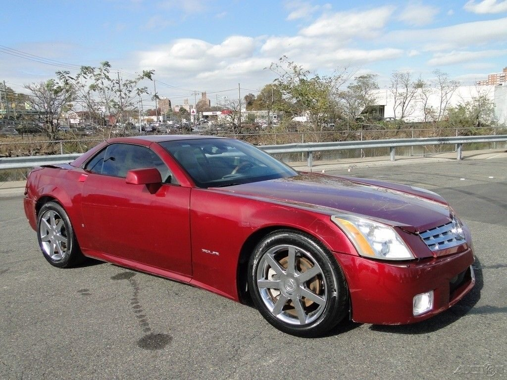 Needs Fender Cadillac Xlr Base Convertible Repairable For Sale X on 2006 Cadillac Cts Doors