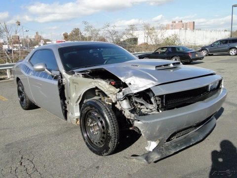 strong 2013 Dodge Challenger R/T repairable for sale