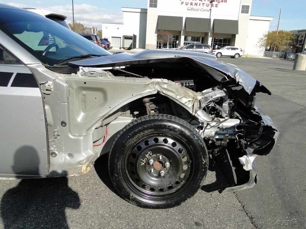 strong 2013 Dodge Challenger R/T repairable