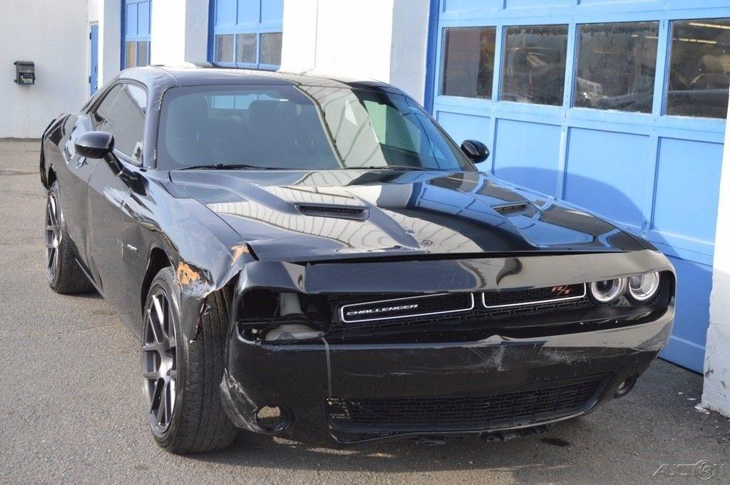 easy repair 2016 Dodge Challenger R/T repairable