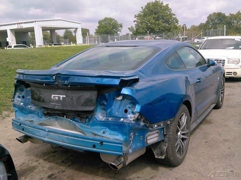 very low miles 2017 Ford Mustang GT 2dr Fastback repairable