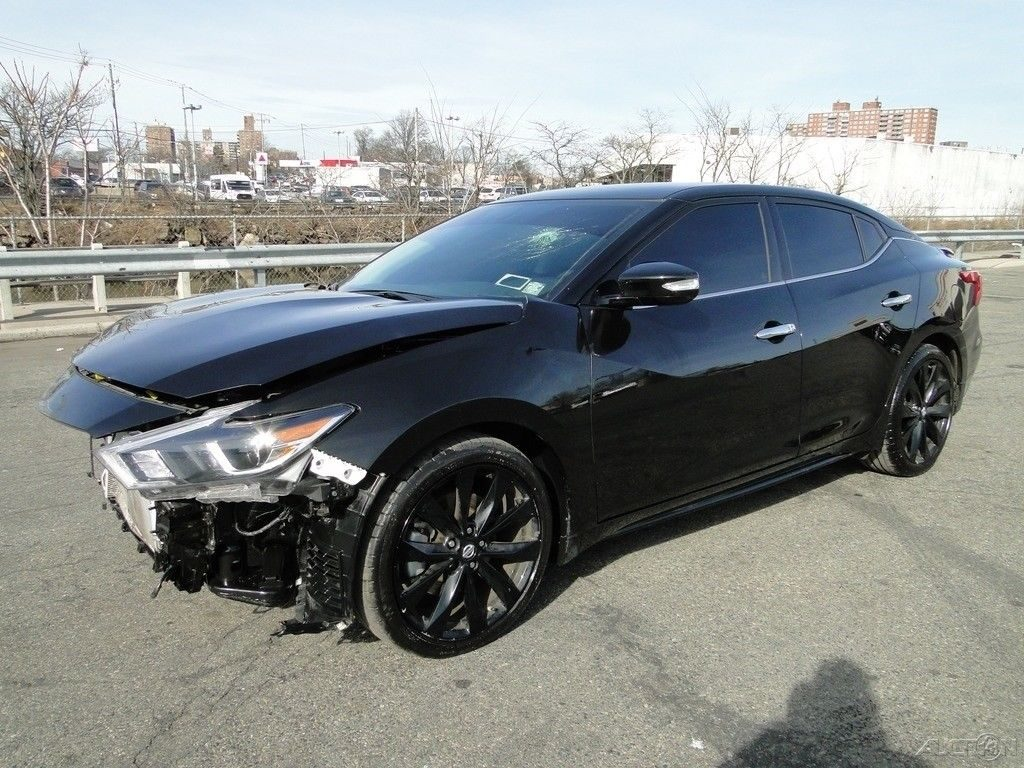 very low miles 2017 Nissan Maxima 3.5 SR Repairable